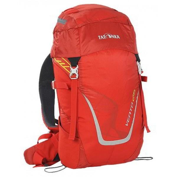 Рюкзак Tatonka Vento 25 redУниверсальный спортивный рюкзак с новой системой подвески X Vent Zero. Благодаря крестообразно расположенному каркасу из стекловолокна и минимальному контакту со спиной система объединяет оптимальный контроль нагрузки с исключительной вентиляцией и минимальным весом. При весе всего 960 г. рукзак обладает вместительным внутренним отделением и хорошим оснащением.<br><br><br>Подвеска X Vent Zero.<br><br>Верхнее отделение с держателем для ключей и дождевым чехлом.<br><br>Эргономичные лямки с эластичным нагрудным ремнем.<br><br>Эластичные боковые карманы.<br><br>Держатели походных палок.<br><br>Боковые стяжки.<br><br>Ручка для переноски.<br><br>Вес кг: 1.00000000