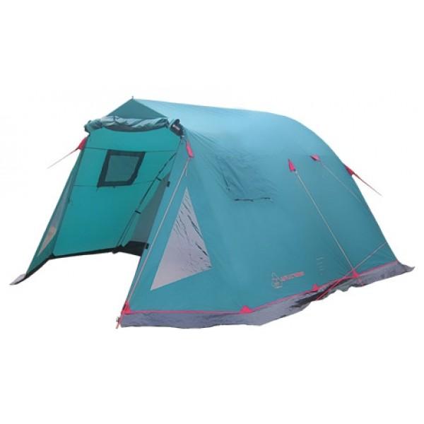 Палатка Tramp BALTIC WAVE кемпинговаяВ спальном отделении палатки с комфортом разместятся четыре человека. Все мелочи найдут свои места в карманах, которые есть как на стенках внутренней палатки, так и под потолком. Крючок под куполом послужит креплением для фонарика. Вход в комнату предусмотрен как из обоих тамбуров, а D-образная конструкция дверей и специальные молнии One-Touch позволят довольно легко открыть их даже с занятыми руками. В комнате высотой 185 см. удобно обустраиваться и переодеваться стоя в полный рост. Качественное проветривание обеспечивает легкий дышащий материал, из которого выполнена палатка, два больших вентиляционных окна и два входа, продублированных москитной сеткой. Пол спального отделения выполнен из армированного полиэтилена (терпаулинга) и устойчив к истиранию.<br><br>Тент палатки влагостойкий, с вентиляцией и окнами, обработан специальным составом, поглощающим ультрафиолетовые лучи, благодаря чему палатка практически не нагревается под палящим солнцем. Окна тента, в зависимости от погодных условий, можно открывать целиком, частично, или вовсе плотно закрыть в непогоду. Специальная пропитка, задерживающая распространение огня - залог безопасного соседства с костром. По нижней кромке тента пришита «юбка», которая препятствует попаданию воды и сквозняка к спальному отделению. Для надежной влагоустойчивости все швы тента и остальных частей палатки проклеены термоусадочной лентой Регулируемая длина оттяжек и вплетение из световозвращающей нити - это залог устойчивости палатки на земле, а вас в темноте на ногах. Крепятся к земле при помощи крепких металлических колышек.<br><br>Особенность этой палатки - два тамбура. Во вместительном, высоком тамбуре Вы свободно разместите набор кемпинговой мебели для дружеских посиделок, а в крайнем случае - дополнительные спальные места, в то время, как второй тамбур можно смело использовать под склад вещей. Наличие москитной сетки на входе в тамбур поможет избежать нежелательных гостей. При желании, помеще