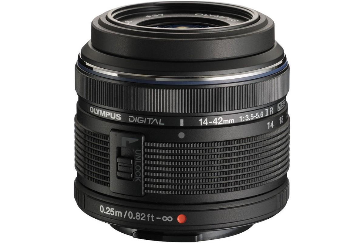 Объектив Olympus 14-42mm f/3.5-5.6 II Rстандартный Zoom-объектив, крепление Micro Four Thirds, автоматическая фокусировка, минимальное расстояние фокусировки 0.25 м, размеры (DхL): 62x44 мм, вес: 150 г<br><br>Вес кг: 0.30000000