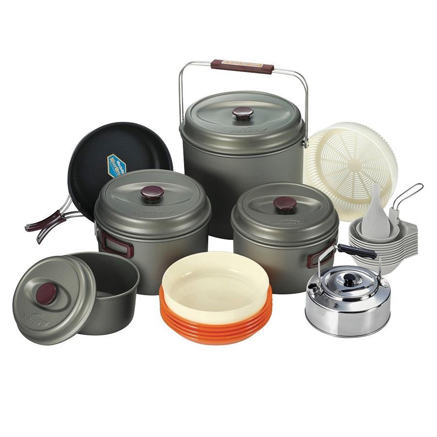 Набор посуды Kovea KSK-WH10Набор посуды для 10 человек изготовлен из анодированного алюминия<br><br>Вес кг: 3.50000000