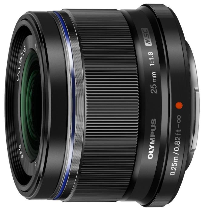 Объектив Olympus 25mm f/1.8 Black/SilverСтандартное фокусное расстояние 25 мм (50 мм*) с углом зрения 47° идеально подходит для широкого диапазона фотографии. Объектив предлагает лучшие оптические характеристики с великолепным боке на открытых значениях диафрагмы и впечатляющие возможности минимального расстояния фокусировки. Объектив не искажает картинку и делает фотографию такой, какой видит ее человеческий глаз. Это гарантирует прекрасно сбалансированные пропорции, что делает объектив идеальным дополнением к вашему набору оптики. Доступен в черном или серебряном цветах.<br><br>Вес кг: 0.20000000