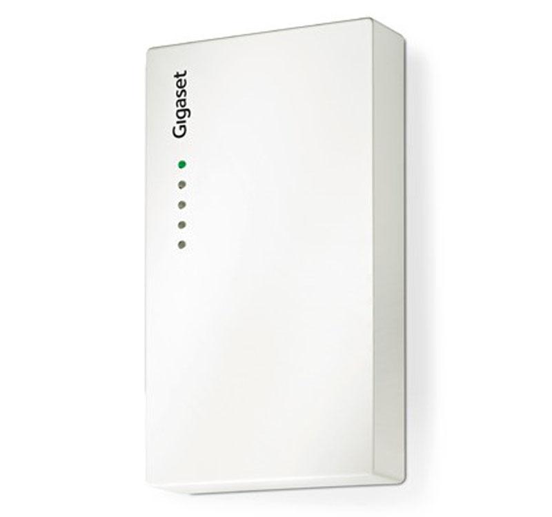 Базовая станция Gigaset N720 IP MulticellМикросотовая IP-система Gigaset N720 IP PRO на базе технологии DECT компании Gigaset состоит из двух элементов: базовой станции N720 IP PRO и DECT-контроллера N720 DM PRO. К DECT-контроллеру можно подключить до 30 базовых станций и 100 беспроводных трубок, обеспечив настоящую беспроводную мобильную систему связи на производственной площадке с интегрированными функциями передачи абонентского соединения и роуминга без разрыва связи. Производительность оптимизируется за счет доступа к корпоративным и онлайн-ресурсам и уведомлениям по электронной почте. Микросотовая IP-система N720 IP PRO на базе технологии DECT поддерживает последнее поколение трубок DECT от Gigaset. Таким образом, пользователи получают мобильность общения с широкополосным качественным звуком. Система Gigaset N720 IP PRO цельно интегрирована в корпоративную IP-сеть в виде основной сети.<br><br>Подключение к T500 PRO и T300 PRO, двум цифровым телефонным станциям на основе межсетевого протокола IP (IP-PBX) профессиональной линейки Gigaset, обеспечивает автоматическую настройку параметров и лучшую совместимость. Комплект N720 SPK PRO (Site Planning Kit) рекомендован для планирования размещения большого количества базовых станций.<br><br><br>До 100 пользователей / учетных записей SIP / трубок<br><br>До 30 базовых станций<br><br>До 30 параллельных вызовов<br><br>8 одновременных вызовов на базу (4 в режиме G.722 HDSP™)<br><br>Передача абонентов и роуминг без разрыва связи<br><br>Исключительный HD-звук благодаря технологии HDSP™ 1, 2<br><br>Доступ к ресурсам локальной сети и онлайндиректориям сетей общего пользования (белые и желтые страницы)1 Чтение электронной почты<br><br>Профессиональная система автоматического конфигурирования параметров<br><br>Технология подачи электропитания через Ethernet<br><br>DECT-технология обеспечивает отсутствие помех, надежность, а также широкий диапазон действия, продолжительное время работы в режиме ожидания и превосходное качество зву