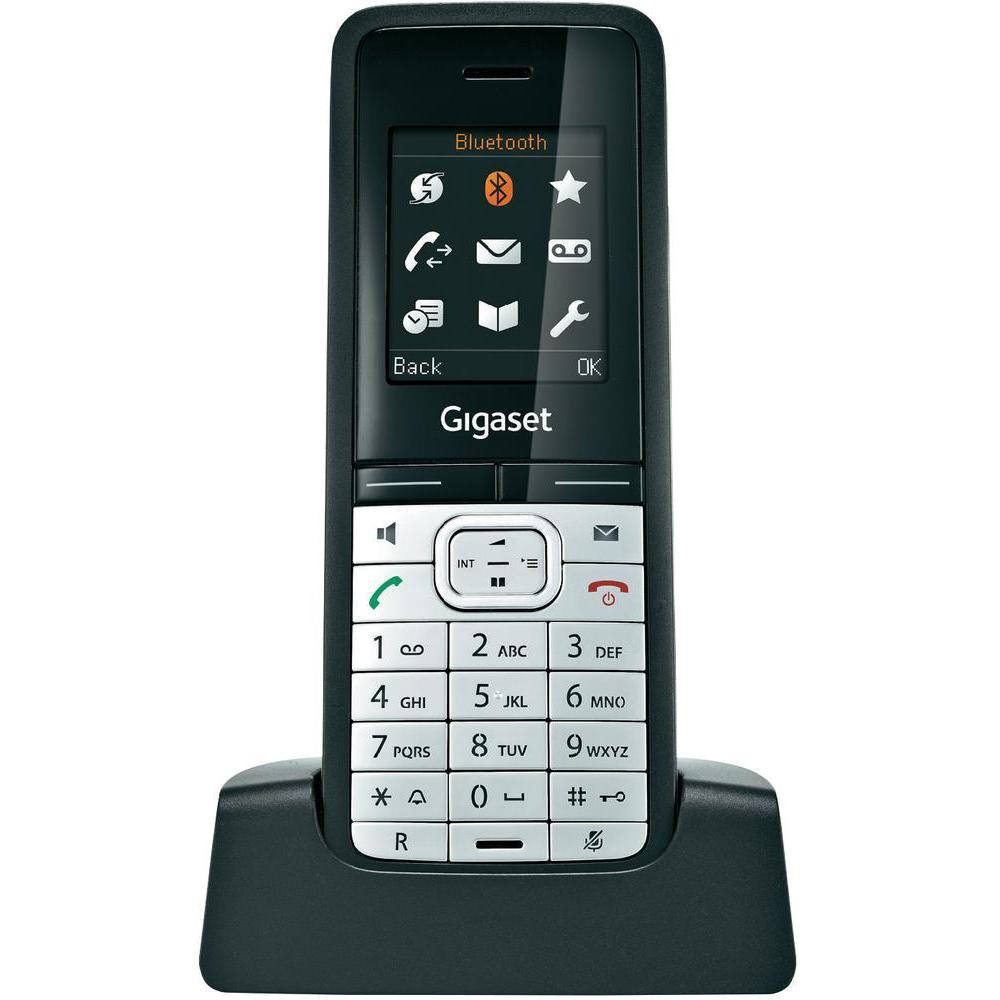 Дополнительная трубка Gigaset SL610H PROGigaset SL610H PRO – это беспроводная трубка на основе технологии DECT, предназначенная для профессионального использования. Пользователи получают исключительное качество звука, великолепную дальность действия, свободу передвижения и возможность выполнения сразу нескольких задач. Возможность подключения через Bluetooth® и mini- USB обеспечивает удобный обмен данными между трубкой и ПК. Трубка Gigaset SL610H PRO идеально сочетается с такими IP-базовыми станциями на основе технологии DECT, как микросотовая система Gigaset N720 DECT IP или Gigaset N510 IP PRO, а также с многофункциональным гибридным настольным телефоном Gigaset DX800A. Она также совместима со всеми другими базовыми станциями DECT Gigaset. Функция автоматической установки обеспечивает быстрое и простое конфигурирование параметров.<br><br><br>Спикерфон<br><br>Звонок: 23 мелодии; возможно задание отдельных мелодий для VIP-контактов и внутренних вызовов<br><br>Автодозвон<br><br>Повторный набор для последних 20 номеров<br><br>Определение номера (CLIP-FSK)<br><br>Списки вызовов: Входящие, исходящие, 20 пропущенных вызовов<br><br>Телефонная книга: 500 контактов<br><br>Вес кг: 0.30000000