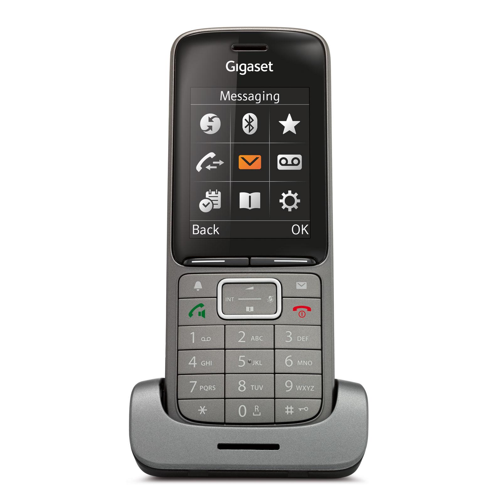 """Дополнительная трубка Gigaset SL750HGigaset SL750H - компактный и многофункциональный DECT IP-телефон, который отличается широким функционалом, прекрасным дизайном и удобным пользовательским интерфейсом. Трубка поддерживает функции, позволяющие настроить телефон так, как это необходимо именно Вам: Bluetooth, вибросигнал, аудио профили. Телефон легко совмещается с системами Gigasaet N720 и N510. Устройство оснащено дисплеем 2.4. Трубку очень удобно и приятно держать в руке.<br><br>Улучшенные акустические характеристики телефона Gigaset SL750H выводят его на качественно новый уровень. Великолепное качество звука гарантируется не только при использовании самой трубки, но и при подключении гарнитур, как проводных, так и беспроводных. Наличие аудио профилей позволяет задать несколько режимов громкости и переключаться между ними, когда это будет необходимо, нажатием одной кнопки. Предустановленные классические мелодии звучат четко и ярко.<br><br><br>Большой цветной TFT дисплей 2.4"""" с современным пользовательским интерфейсом<br><br>До 12 часов работы в режиме разговора. Возможность использовать телефон полный рабочий день без подзарядки<br><br>Простота настройки: достаньте и подключите - телефон готов к совершению вызова<br><br>Отличное качество звука и максимальная громкость при использовании гарнитуры<br><br>Современный дизайн, компактный размер<br><br>Полная совместимость с системами Gigaset N510 и N720<br><br>Встроенная телефонная книга в возможностью поиска, а также поддержка корпоративных сетевых телефонных книг<br><br>Подключение гарнитур через Bluetooth или через разъем 2.5<br><br>Удобный обмен данными через Bluetooth или micro USB<br><br>PIN-код<br><br>Питание через micro-USB<br><br>Защита от царапин<br><br>Вес кг: 0.40000000"""