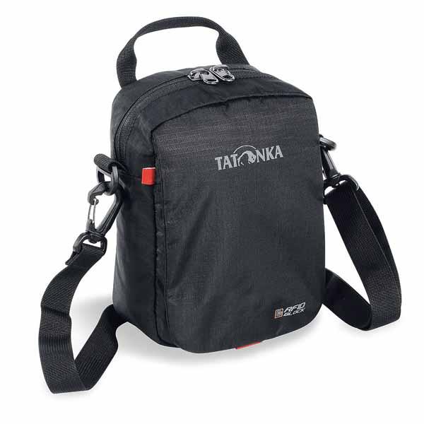 Сумка Tatonka Check In RFID B blackCумка Tatonka Check in RFID B для города. Сумка сделана из материала T-Square Rip, покрытого металлизированным защитным слоем Cryptalloy® для предотвращения незаконного считывания информации. Сумку можно носить в руке, на плече или на поясе, прикрепив на ремень.<br><br><br>Материал покрыт металлизированным защитным слоем для предотвращения незаконного считывания информации<br><br>Отстегивающийся плечевой ремень<br><br>Ручка<br><br>Карман на молнии под откидной крышкой<br><br>Основное отделение закрывается молнией<br><br>Органайзер под откидной крышкой, также закрывается на молнию<br><br>Вес кг: 0.18000000