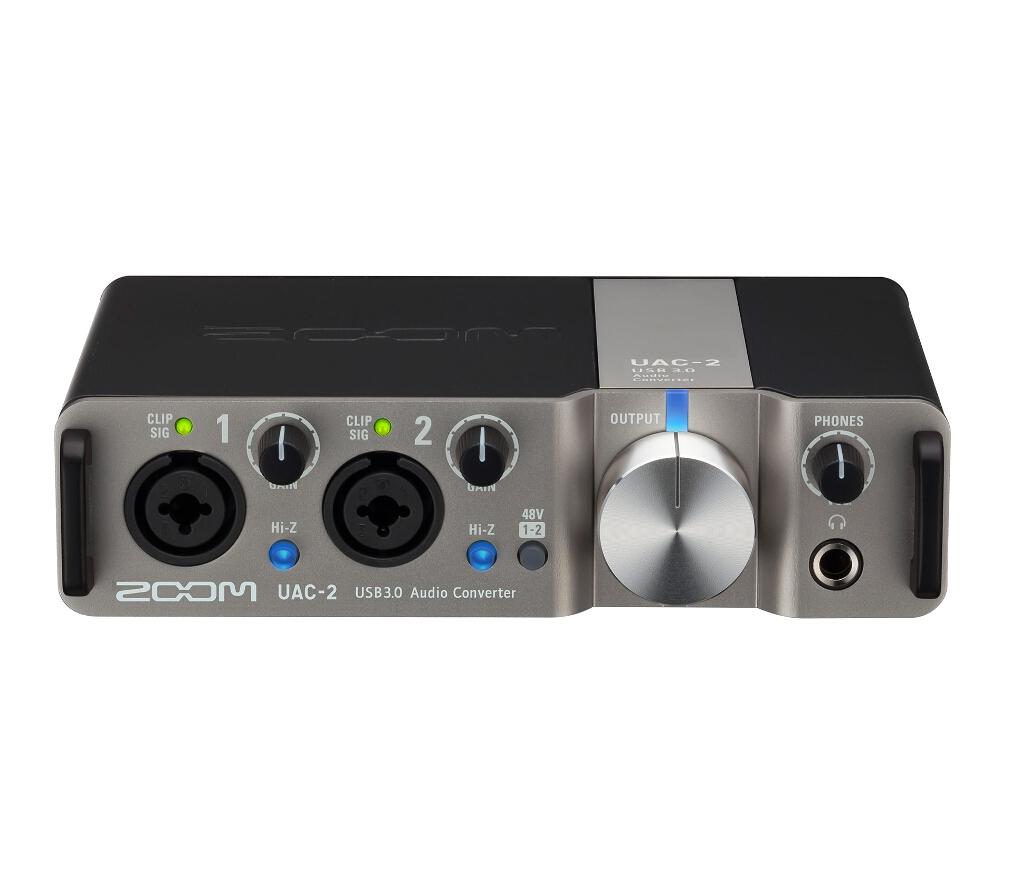 Звуковая карта Zoom UAC-2 ВнешняяZoom UAC-2 - сверхскоростной двухканальный аудиоинтерфейс для Mac или ПК Поднимите качество своего звука на новый уровень<br><br>Благодаря UAC-2 вы сможете добавить два высококачественных (24-бит/192 кГц) аудио канала к любому компьютеру, оснащенному портами USB 2.0 или USB 3.0 с операционной системой Windows или MacOS, или даже к вашему iPad. В UAC-2 задействована технология USB 3.0 SuperSpeed, которая обеспечивает передачу сигнала с минимальной задержкой и включает в себя такие продвинутые функции, как четырехкратный апсэмплинг, Loopback и MIDI I/O. Подключите любой микрофон, музыкальный инструмент или любой другой источник линейного сигнала, и вы сможете использовать UAC-2 для воспроизведения аудио на сцене, записи на цифровую звуковую рабочую станцию или просто для прослушивания аудио высокого качества в домашних или рабочих условиях. Также вы можете использовать аудиоинтерфейс UAC-2 для проведения онлайн медиа-презентаций, подкастов, игровых трансляций и многого другого.<br><br><br>Аудиоинтерфейс с двумя входами и выходами и поддержкой USB 3.0 SuperSpeed<br><br>Поддержка записи и воспроизведения аудио качеством до 24-бит/192 кГц<br><br>Функция Loopback для онлайн трансляций, игр, подкастов и т.п.<br><br>Овердаббинг с низкой задержкой и возможностью прямого мониторинга с нулевой задержкой как в моно, так и в стерео<br><br>Два сбалансированных совмещенных XLR/TRS входа для приема микрофонного и линейного сигнала<br><br>Hi-Z переключатели для подключения электрогитар или бас-гитар<br><br>Возможность включения фантомного питания (+48 В)<br><br>Два сбалансированных TRS выхода для подключения усилителей и динамиков с внешним источником питания<br><br>1/4-дюймовый вход для наушников с собственным регулятором громкости<br><br>Независимые регуляторы уровня входного сигнала и ЖК-индикаторы для каждого входа<br><br>Большая ручка для регулирования уровня звука на выходе<br><br>Переключатель Direct Monitoring для мониторинга с нулевой задерж