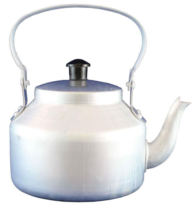 Чайник костровой 2 л. СледопытКостровой чайник «СЛЕДОПЫТ» предназначен для подогрева и кипячения воды, заваривания чая или приготовления различных напитков (отвары, компоты и т.п.) для небольшой группы людей во время загородных путешествий, на рыбалке, охоте или на кемпинге. Чайник спроектирован таким образом, чтобы обеспечить большую вместимость, компактность и легкость. Костровой чайник «СЛЕДОПЫТ» Вы можете использовать с различным газовым или жидко-топливным оборудованием. Можно использовать для приготовления пищи на костре!<br><br>Вес кг: 0.35000000