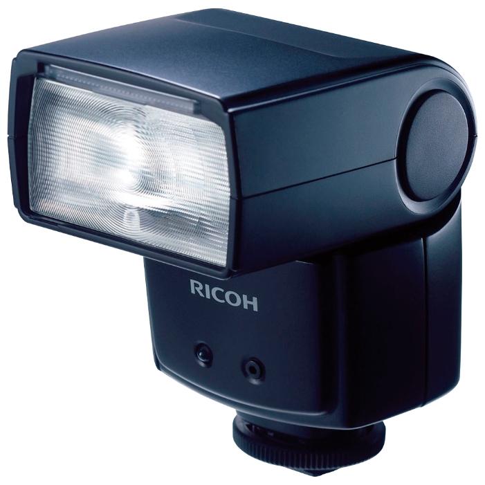 Вспышка Ricoh GF-1Вспышка Ricoh GF-1 - идеальный вариант как для начинающего фотографа в работе с портативным светом, так и для профессионала. Она обеспечивает возможность эффективного использования модели в любых условиях освещения. Эта вспышка предназначена для фотокамеры Ricoh GXR, GR.<br><br><br>Ведущее число: 20 (на 24 мм) ~ 30 (на 105 мм) при ISO 100, 16 (на 24 мм, при использовании широкоугольного рассеивателя)<br><br>Угол освечивания: 24 ~ 105 мм (18 мм при использовании встроенной широкоугольной панели) При использовании камер типа R угол освечивания меняется автоматически в зависимости от фокусного расстояния объектива камеры.<br><br>Источник питания: 4 элемента питания типа АА (не входят в комплект), литиевые или Ni-MH батареи.<br><br>Время перезарядки: Со щелочными элементами питания: 5 сек. С Ni-MH аккумуляторами: 4,7 сек.<br><br>Вес кг: 0.30000000