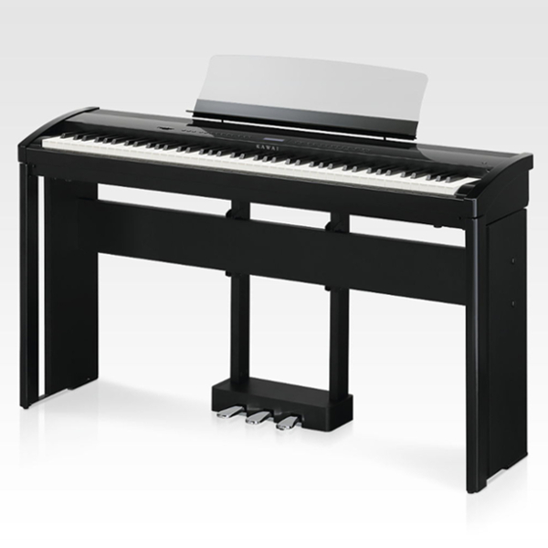 Цифровое пианино Kawai ES8 (Black/Клавиши пластик/RHIII/Стойка и педаль)Kawai ES8 – это логическое продолжение широко зарекомендовавшей себя модели ES7. Этот великолепный дизайнерский инструмент вобрал в себя все достоинства своего предшественника и одновременно был подвергнут модернизации, которая ставит его на лидирующие позиции в своей категории.<br><br>Цифровое фортепиано ES8 оснащено последней модификацией полновзвешенной молоточковой механики высшего класса Responsive Hammer III (RHIII), которая воспроизводит ощущения от игры на рояльной механике с поразительной точностью.<br><br>Цифровое фортепиано ES8 оснащено последней модификацией полновзвешенной молоточковой механики высшего класса Responsive Hammer III (RHIII), которая воспроизводит ощущения от игры на рояльной механике с поразительной точностью.<br><br>Профессиональные возможности инструмента подтверждает огромное количество доступных настроек и дополнительных функций. Программирование звучания рояля возможно с использованием семи основных типов настроек – Яркость, Струнный резонанс, Демпферный резонанс, Призвук демпферов, Шум обратного хода механики, Эффект отпускания клавиши, Задержка молоточков.<br><br>Большое количество встроенных / программируемых эффектов DSP позволяют кардинально менять звучание любого из доступных тембров. Общее звучание инструмента также регулируется с помощью эквалайзера. Одной из самых главных функций KAWAI ES8, является возможность прямой записи на USB-флеш. Благодаря этой функции, пианист может, исполнив музыкальное произведение, практически моментально получить запись CD-качества. И не нужно производить никакой обработки!<br><br>Вес кг: 23.00000000