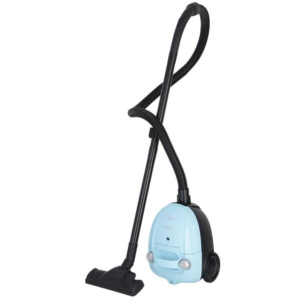 Пылесос с пылесборником Midea MVCB32A3Midea MVCB32A3 – современный пылесос с пылесборником, предназначенный для сухой уборки. С его помощью можно легко и с минимальными затратами времени навести порядок в квартире.<br><br>В комплект входит матерчатый пылесборник. Наглядный индикатор покажет владельцу, что пылесборник заполнен, а значит его пора вынуть и опустошить.<br><br>К пылесосу прилагается базовый комплект насадок. В него входят насадка для пола и ковров, а также комбинированный аксессуар, сочетающий в себе особенности щелевой насадки и насадки для ухода за мягкой мебелью.<br><br>Пылесос оснащён 4,5-метровым сетевым шнуром и составной трубкой. Это обеспечивает ему сравнительно большой радиус действия.<br><br>Эта модель рассчитана как на горизонтальную, так и на вертикальную парковку, поэтому у владельца не возникнет проблем с решением вопроса, где хранить пылесос.<br><br>Вес кг: 3.00000000
