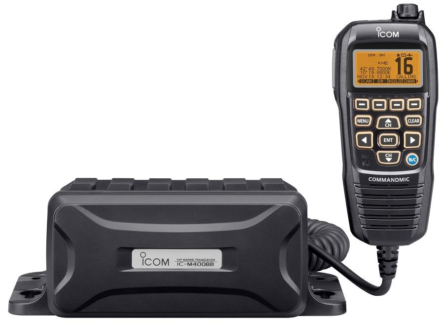 Радиостанция Icom IC-M400BB морскаяIcom IC-M400BB представляет собой морскую бортовую УКВ-радиостанцию от известного производителя радиоэлектроники Icom. Данная модель работает в диапазоне частот VHF, выполнена в корпусе Black Box и предназначена для эксплуатации на судах морского и смешанного плавания (в качестве дополнительного либо вспомогательного оборудования соответственно).<br><br>Прочный, водонепроницаемый корпус надежно защищает бортовую радиостанцию Icom IC-M400BB от повреждений даже в неблагоприятных условиях использования. Знакомая многим пользователям раций от Icom функция очистки динамика от воды AquaQuake™ доступна и в этой модели.<br><br>Благодаря малым габаритам радиостанция может быть установлена в любом удобном месте на мостике.<br><br>Встроенный активный двунаправленный шумоподавитель уменьшает количество фоновых шумов до 90% и улучшает качество звука и при приеме, и при передаче.<br><br>Встроенный Цифровой избирательный вызов класса D мониторит специальный DSC-канал (канал 70) даже во время приема другого канала. Другие функции ЦИВ, доступные в данной модели, включают разного рода вызовы: бедствия, индивидуальные, групповые, безопасности и другие.<br><br>Вес кг: 0.90000000
