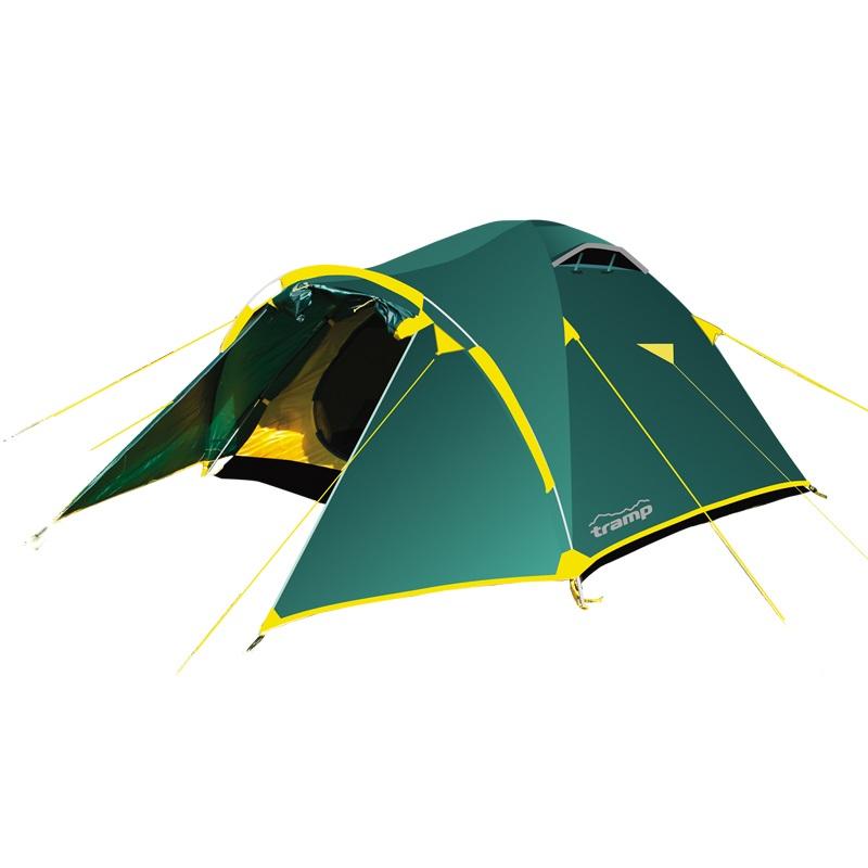 Палатка Tramp LAIR 3 трекинговаяЭта трехместная палатка имеет двухслойную конструкцию, которая позволяет лучше сохранять тепло в палатке и уменьшает вероятность возникновения конденсата на внутренней части тента. Благодаря этой особенности палатку можно использовать для туристических походов в весеннее, летнее и осеннее время. Зайти в палатку можно через два входа, которые продублированы москитными сетками.<br><br>Данная модель палатки снабжена большим вместительным тамбуром, в котором отлично поместятся ваши вещи и обувь. Два вентиляционных клапана с регулируемой по высоте стойкой специально разработаны для хорошей циркуляции свежего воздуха в палатке. Применение специальной ленты для проклейки швов позволило добиться хорошей водонепроницаемости.<br><br>Тент - прочная, легкая полиэстеровая тентовая ткань. Структура ткани упрочнена толстыми нитями RipStop (ткань Ripstop, по сравнению с обычной, прочнее на разрыв и существенно меньше растягивается при намокании). Стойкая к ультрафиолетовому излучению (UV). Имеет полиуретановое покрытие водонепроницаемостью 5000мм и водоотталкивающую пропитку для защиты от капель конденсата.<br><br>Дно изготовлено из прочного полиэстерового материала для дна палаток, в которых нет особых требований к весу. Полиуретановое покрытие водонепроницаемостью 7000 мм. Огнеупорная пропитка. Благодаря дополнительной оплетке фирменный каркас ДЮРАПОЛ обладает более высокими прочностными характеристиками. В комплекте тент, внутренняя палатка, подвесная полка, комплект дуг, комплект колышков, сумка-переноска с ручками, ремнабор.<br><br>Вес кг: 4.80000000