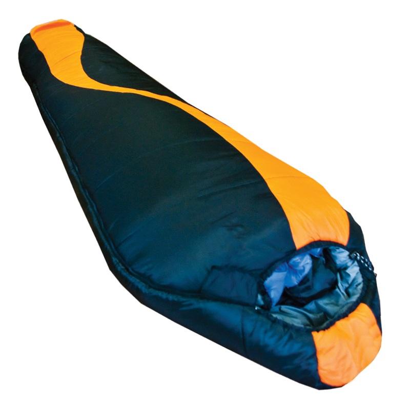 Спальный мешок Tramp Siberia 7000Спальный мешок Tramp Siberia 7000<br><br>Во всех спальных мешках этой серии используется современный, мягкий утеплитель - силиконизированный HiTech Hollofiber. Волокна данного материала имеют полый канал и спиралевидную форму, что позволяет удерживать большой объем воздуха и отлично сохранять тепло. Волокна не пропускают и не впитывают влагу, даже в условиях повышенной влажности сохраняют тепло. Материал отлично восстанавливается после сжатия, занимает минимальный объем, гипоаллергенен, не токсичен. Данный утеплитель имеет наилучшее соотношение цена/ качество. В качестве внешнего материала используется высокопрочный нейлон 300T/ 40D Diamond Ripstop и полиэстер 210T с плетением RipStop, надежно защищающий спальный мешок от влаги и повреждений. Приятный на ощупь внутренний материал из хлопка или практичного мягкого нейлона Taffeta. Плотная стропа вдоль двусторонней молнии предотвращает закусывание ткани. Удобная система стяжек позволяет максимально сохранить тепло внутри спальника. Анатомическая форма спальных мешков экономит вес. Спальные мешки состегиваются. Удобный компрессионный мешок позволяет минимизировать транспортный объем и защищает спальный мешок от повреждений во время похода.<br><br>Вес кг: 2.29000000