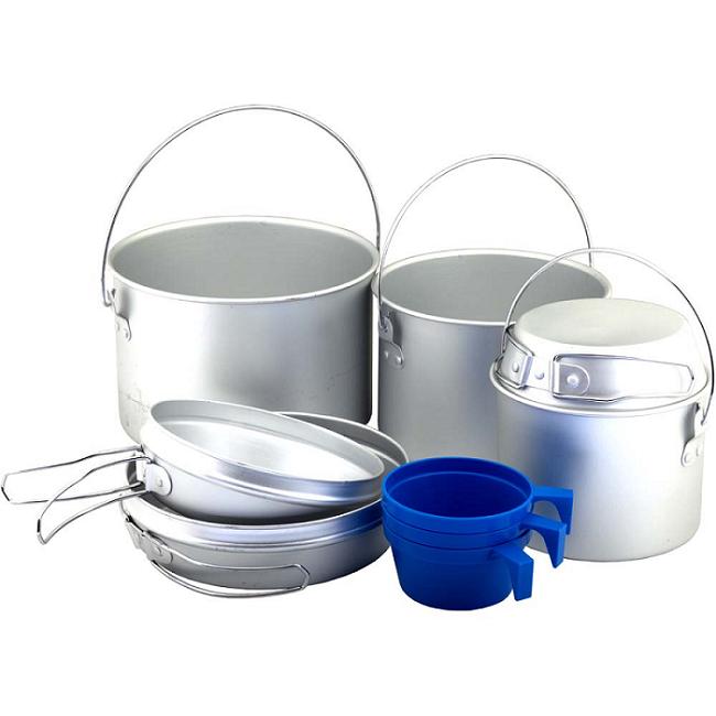 Набор посуды Nova Tour А096 туристическийНабор посуды. Можно готовить на горелке и костре.<br><br><br>Котелок – 2,8 литра с крышкой-сковородой<br><br>диаметром 17,5 см<br><br>Котелок – 1,9 литра с крышкой-сковородой<br><br>диаметром 15 см<br><br>Котелок – 0,95 литра с крышкой-сковородой<br><br>диаметром 12,5 см<br><br>Пластиковая чашка 220 мл – 3 штуки<br><br>Вес кг: 0.90000000