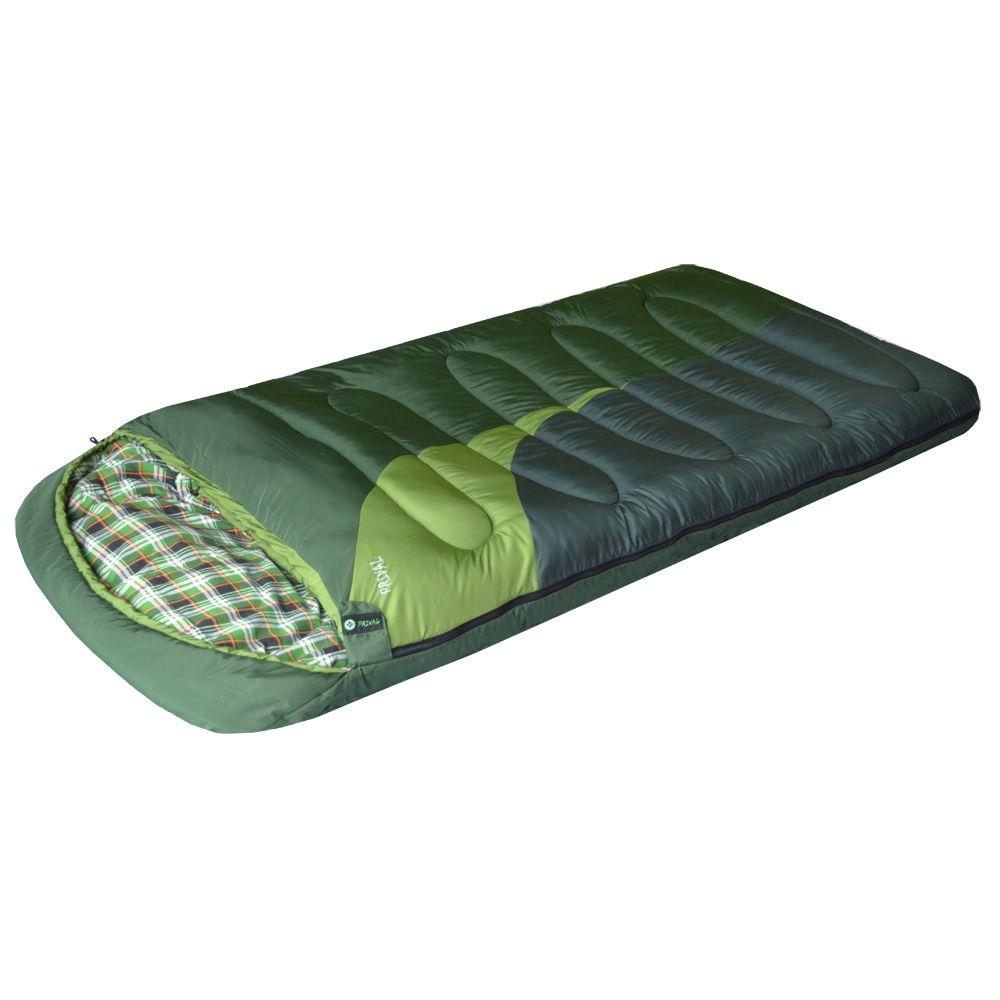 Спальный мешок Prival Берлога IIСпальный мешок БЕРЛОГА II (Prival) – незаменимый туристический спальный мешок для охоты, рыбалки или просто отдыха в холодное время года. Спальный мешок БЕРЛОГА II - очень теплый зимний спальник. Такие характеристики спальному мешку придает объемный утеплитель из овечьей шерсти – шервисин. Это уникальное полотно обладает утепляющими и лечебными свойствами овечьей шерсти, и, в отличие от гусиного пуха, не слеживается после стирки, легче и компактнее, прост в уходе. Также, благодаря увеличенным размерам, этот спальный мешок подойдет высоким или полным людям, а также тем, кто любит спать свободно. Спальный мешок снабжен двухзамковой разъемной молнией, что позволяет быстро и легко соединить его с другим таким же спальником. Имеет сберегающую тепло планку по краям молнии с внутренней стороны. В нижней части спального мешка находятся петли для удобной просушки и хранения.<br><br>Вес кг: 3.50000000