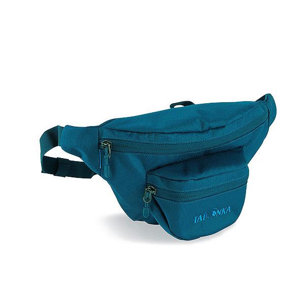 Сумка поясная Tatonka Funnybag S shadow blueСумка, оснащенная двумя карманами, предлагает много места для всего, что может понадобится в дороге. Дополнительную безопасность содержимого обеспечивают замки на молнии.<br><br>Два кармана на молнии.<br>Регулируемый поясный ремень.<br><br>Вес кг: 0.20000000
