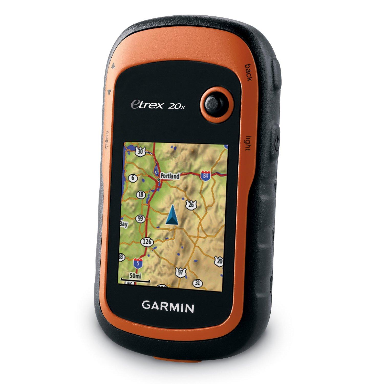 """Туристический навигатор Garmin eTrex 20xС предустановленной картой Дороги России. РФ. ТОПО. eTrex 20x пришел на смену одному из самых популярных портативных GPS-навигаторов – eTrex20. В новой модели был увеличен объем памяти и разрешение экрана.<br><br><br>Увеличенный объем памяти для хранения карт и спутниковых снимков<br><br>Высокочувствительный GPS-ГЛОНАСС приемник<br><br>Цветной трансфлективный дисплей с диагональю 2,2""""<br><br>Предзагруженная топографическая карта Российской Федерации с дорожным графом и водной нагрузкой<br><br><br>Инструкция для Garmin Etrex 20x.<br><br>Прибор eTrex 20x представляет собой усовершенствованный вариант популярной модели eTrex 20 и приходит ей на смену – было улучшено разрешение экрана и увеличен размер встроенной памяти. В новом устройстве сохранена простота использования, надежность и доступность легендарной линейки eTrex. Этот навигатор можно использовать где и как угодно, но особенно он хорош для пешего и водного туризма.<br><br>&amp;nbsp;<br><br>Модель eTrex 20x оборудована улучшенным цветным трансфлективным дисплеем (65К цветов) с диагональю 2,2"""" и отличным качеством изображения при ярком солнечном свете. Прочный и водостойкий прибор eTrex 20x не подведет вас и в плохую погоду - устройство не боится пыли, грязи, повышенной влажности или воды.<br><br>Благодаря широкому ассортименту креплений вы можете использовать навигатор eTrex 20x на квадроцикле, велосипеде, катере и автомобиле. Благодаря отсутствию выступающих частей, навигатор удобно носить в карманах одежды или рюкзака, а для крепления на снаряжение можно приобрести универсальный карабин. Где бы вы ни захотели использовать eTrex, у нас найдется для вас подходящая картография и крепление.<br><br>Устройства серии eTrex стали первыми пользовательскими приемниками, которые могут одновременно отслеживать спутники GPS и ГЛОНАСС. При совместной работе двух систем приемник может получать данные с 24 дополнительных спутников и рассчитывать местоположение на 20% быстрее.<br><br>Пр"""