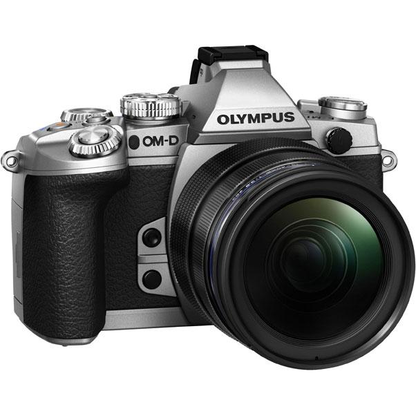 Фотоаппарат Olympus OM-D E-M1 Kit ED 12-40 mm f/2.8 PRO Silver со сменной оптикойКамера Е-М1 дарит вам свободу творчества — снимайте все, что только пожелаете, в безупречном качестве! Новая Е-М1 — самая продвинутая системная камера в мире. Эта модель создана по стандарту Микро 4/3 и оснащена самыми современными техническими решениями, а именно: улучшенным сенсором Live MOS и графическим процессором TruePic VII, совершенно новым и еще более быстрым автофокусом DUAL FAST AF, а также расширенными возможностями управления по Wi-Fi со смартфона. Все эти решения позволяют достигнуть непревзойденного качества изображения и поднимают камеры серии OM-D на совершенно новый уровень! Эти уникальные технические новинки заключены в великолепный компактный корпус, чья невесомость вас приятно удивит! Если подумать, новая Е-М1 превосходит зеркальные камеры как по компактности, так и по качеству снимков!<br><br>Вес кг: 0.50000000
