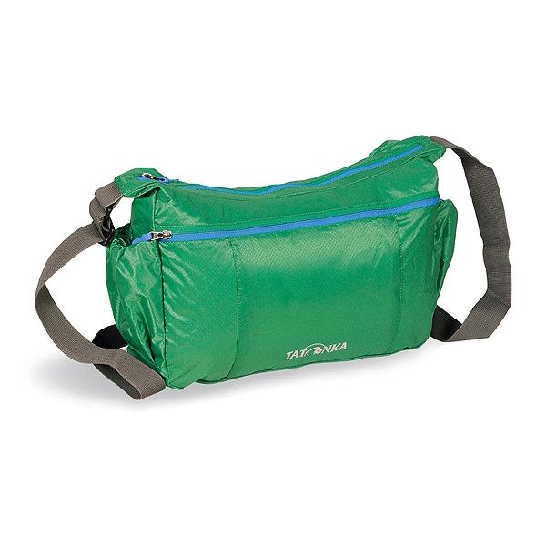 Сумка Tatonka Squeezy Bag lawn greenЛегкая плечевая сумка Tatonka Squeezy Bag пригодится в любом путешествии. Сумка сделана из материала T-Rip Light с силиконовым покрытием. В свернутом виде сумка легко убирается в интегрированный карман на молнии. Такую сумку можно брать с собой повсюду, не боясь, что она займет много места.<br><br>Вес кг: 0.30000000