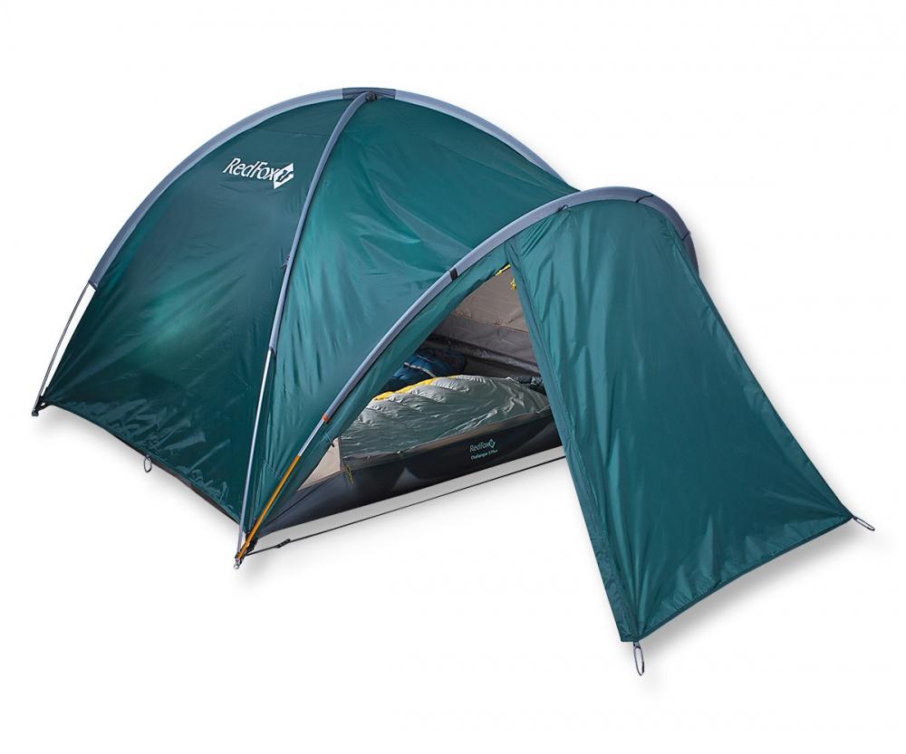 Палатка RedFox Challenger 3 PlusБольшая палатка для комфортного отдыха. 2 входа, 2 тамбура, один из которых увеличенного размера за счет применения третьей дуги. Одновременно устанавливаются внутренняя палатка и тент. Закрывающиеся вентиляционные окна. Противомоскитные сетки на входах внутренней палатки. Все швы проклеены. Наличие тамбура. Наличие штормовых оттяжек. Удобные внутренние карманы для вещей первой необходимости. Полиуретановое покрытие ткани, нанесенное на внутреннюю сторону, для водонепроницаемости. Легко устанавливается одним человеком<br><br>Вес кг: 4.15000000