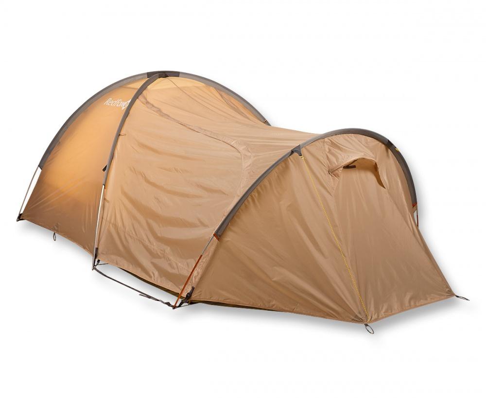 Палатка RedFox Challenger 3 ComboБольшая палатка для комфортного отдыха. 2 входа, 2 тамбура, один из которых особенно большого размера. Одновременно устанавливаются внутренняя палатка и тент. 2 входа, 2 тамбура, один из которых особенно большого размера. Одновременно устанавливаются внутренняя палатка и тент. Закрывающиеся вентиляционные окна. Карманы для вещей первой необходимости. Противомоскитные сетки на входах внутренней палатки. Все швы проклеены. Наличие тамбура. Наличие штормовых оттяжек. Удобные внутренние карманы для вещей первой необходимости. Полиуретановое покрытие ткани, нанесенное на внутреннюю сторону, для водонепроницаемости. Увеличенный тамбур. Противомоскитная стека. Наличие вентиляции<br><br>Вес кг: 5.30000000