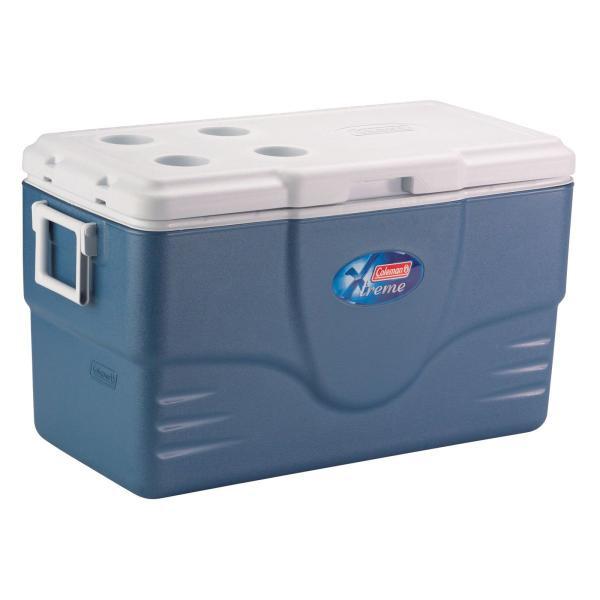 Контейнер изотермический Coleman 70QT Extreme CoolerТермоконтейнер популярного бренда Coleman Extreme предназначен для хранения большого количества продуктов и прохладительных напитков.<br><br>Вес кг: 7.40000000
