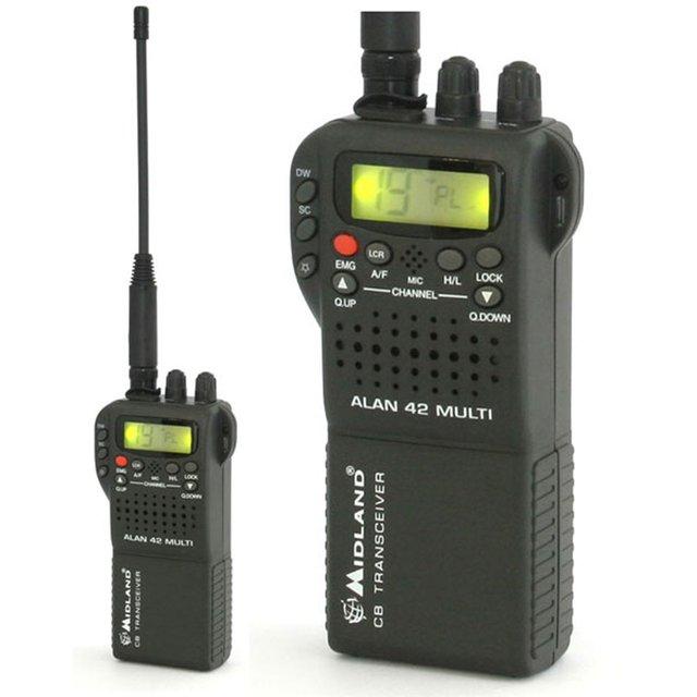 Радиостанция Alan 42 PlusЭта многофункциональная носимая радиостанция разработана специально для подвижной связи в каналах гражданского диапазона 27 МГц. Высокие технологии и современная элементная база позволили уместить высококачественный трансивер в небольшом и прочном корпусе. Партативная Си-Би радиостанция Alan 42 Plus позволяет общаться в каналах гражданской связи (службы спасения, 15 АМ канал дальнобойщиков и пр). Рация не требует стационарной установки в автомобиль и может питаться от прикуривателя, а так же имеет возможность подключения внешней автомобильной антенны. Рация имеет большой ЖК дисплей и удобные клавиши управления, что делает её удобной в работе и простой в настройке. Богатый комплект поставки делают эту модель удобной при пользовании как в автомобиле, так и в носимом варианте.<br><br>Вес кг: 0.30000000