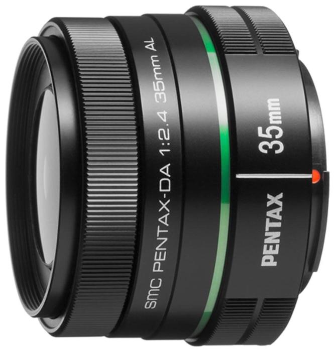 Объектив Pentax SMC DA 35mm f/2.4 AL (MP21987)PENTAX  SMC DA 35mm f/2.4 AL * Отличный легкий и компактный, доступный по цене объектив с фиксированным фокусом. Эквивалентное фокусное расстояние 53.5 мм позволяет использовать объектив в качестве штатного. Хорошая светосила F2.4. Защитное SP покрытие передней линзы, отличная оптическая схема с асферическим элементом, многослойное просветляющее покрытие SMC<br>
